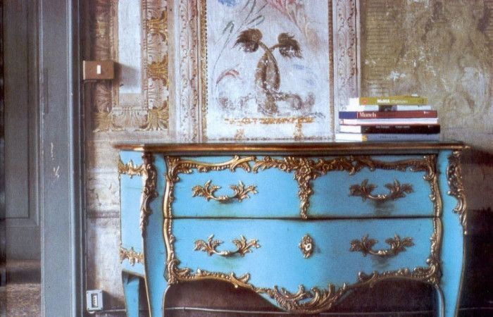 x2_573_Commode_Turquoise-700x450.jpg.pagespeed.ic.Ktx-4EJ0JQ