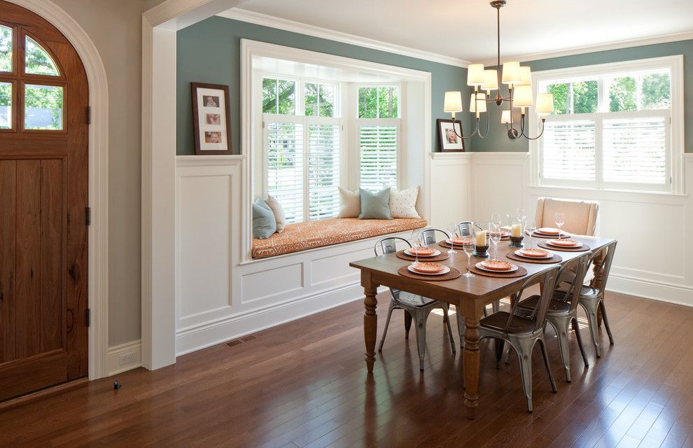 bay-window-seats-with-plantation-blinds-10