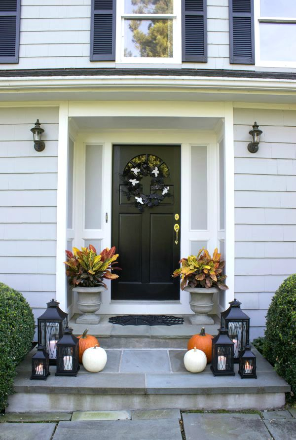 simple-halloween-porch-decorations-love